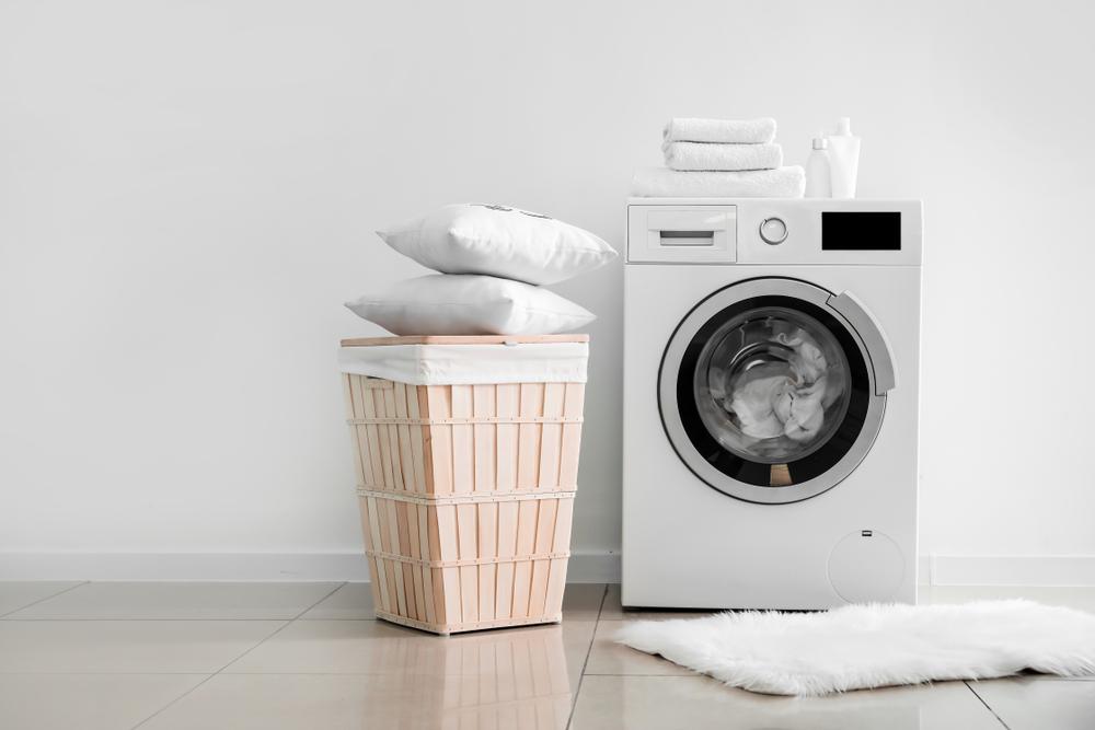 Giặt gối bằng máy giặt dễ dàng