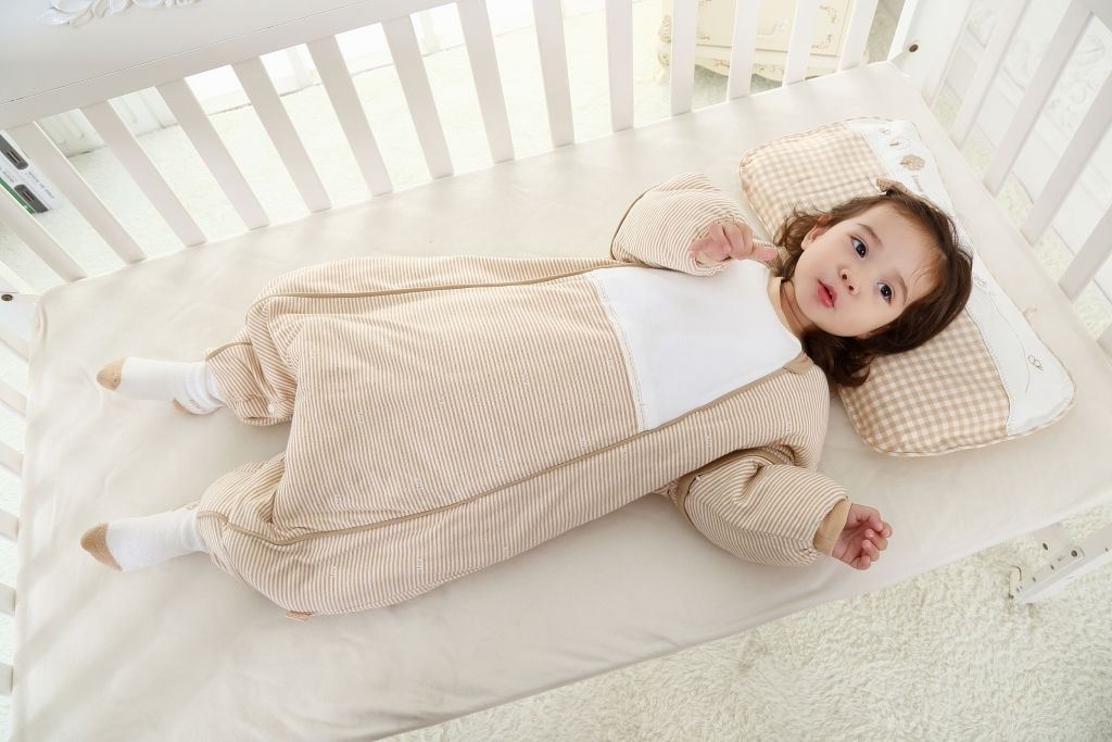 Bé 4 tuổi có thể năm gối cao 9cm - 10cm