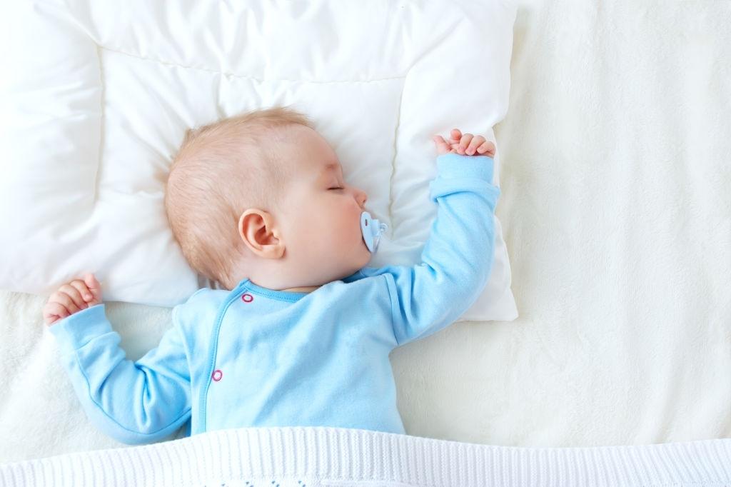 Gối đầu cho bé sơ sinh